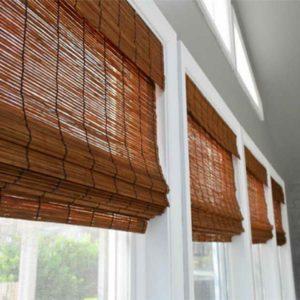 Бамбуковые шторы непрозрачные, коричневого цвета
