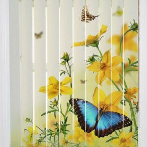 Фотожалюзи с рисунком цветочек и бабочки