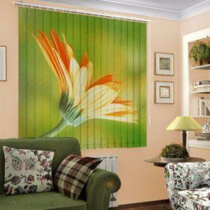 Фотожалюзи с рисунком желтого цветка